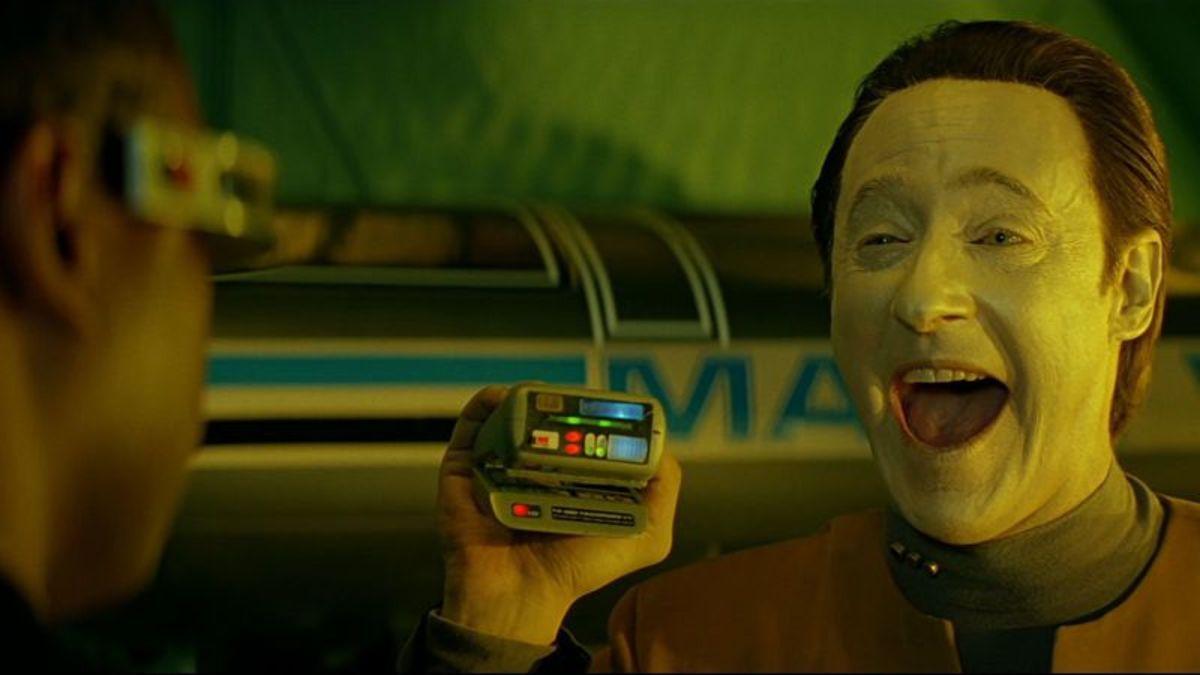 Data lacht in Star Trek Generations